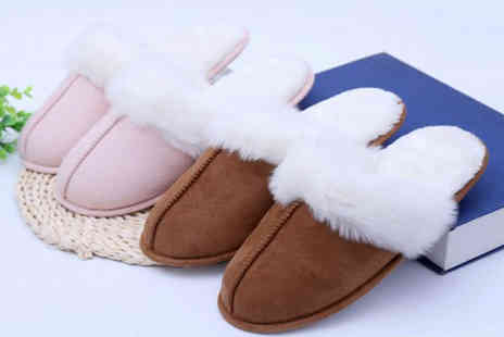 Spezzeee - Pair of womens faux fur slippers - Save 60%