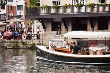 Oxford River Cruises - Oxford Evening Sightseeing Cruise Including a Drink - Save 0%