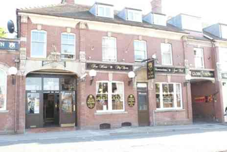 The Globe and Crown - Double Room for Two with Breakfast adn Option on Dinner - Save 16%