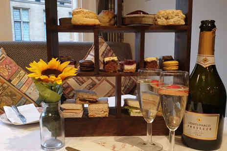 Mercure Oxford Eastgate Hotel - Afternoon tea for two with a glass of Prosecco each - Save 47%