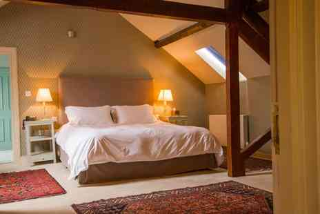 The Collingwood Arms Hotel - Overnight boutique stay for two people with cream tea, a bottle of wine and late check out - Save 39%