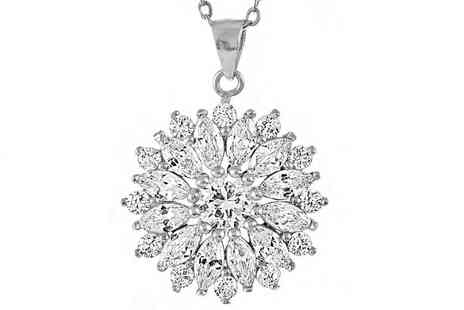 Gemnations - A silver-plated floral pendant - Save 90%