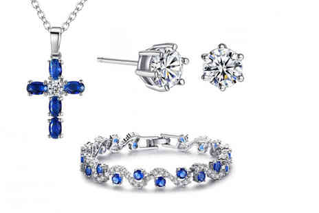 Your Ideal Gift - A Blue Tri Set Made with Crystals from Swarovski - Save 89%