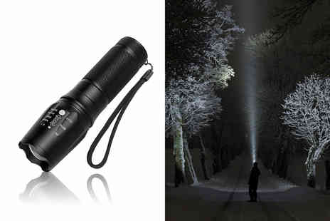 Wishwhooshoffers - Military style torch - Save 70%