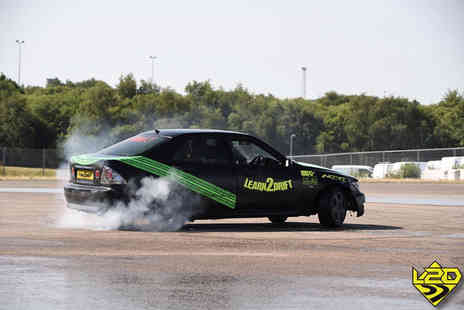 Learn2Drift - One hour car drifting experience including five passenger laps - Save 0%