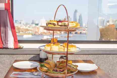 Golden Tours - Afternoon Tea Bus with Panoramic Tour of London Enjoy Delicious Bites and Amazing Sights - Save 15%
