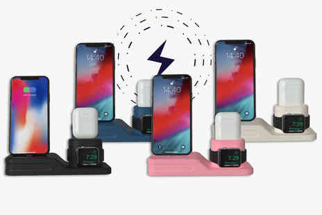 Flashing Pineapple - iPhone, airpods and apple watch charging station - Save 67%