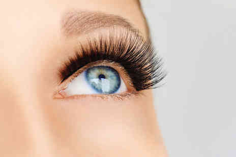 Lueur Beauty - Eyelash perm and tint or Full set of individual eyelash extensions - Save 51%