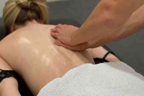 SS Therapy Injury Clinic - One Hour Sports Massage - Save 50%