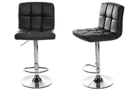 CN Direct Biz - Pair of Cube Bar Stools Choose from 3 Colours - Save 75%