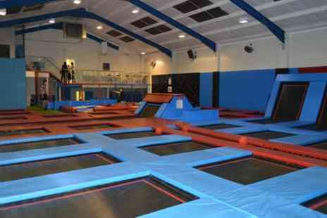 Boing Zone Trampoline Park - 60, 90 or 120 Minute Trampoline Jumping Session - Save 38%