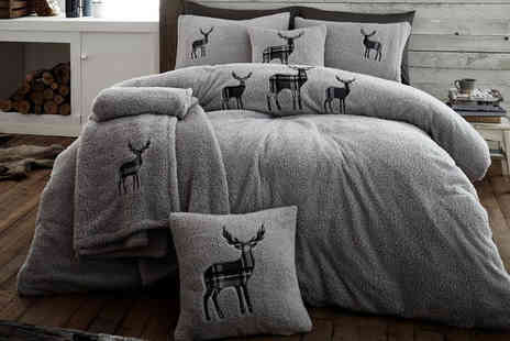 Ground Level - Single stag teddy fleece duvet cover set choose your colour and size - Save 64%