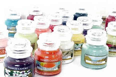 Yankee Bundles - 6 Assorted Yankee Candle Classic Small Jar Candles - Save 56%