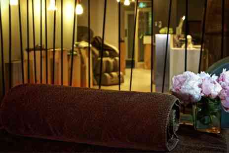 Spa at the Hilton Park Lane - Choice of 30, 50 or 60 Minute Massage with Optional Facial - Save 41%