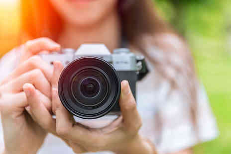 Online Training World - Online creative digital photography master bundle - Save 99%