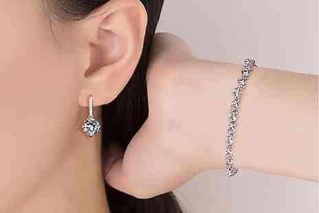 Gemnations - Crystal bracelet and hoop earrings made with crystals from Swarovski - Save 86%