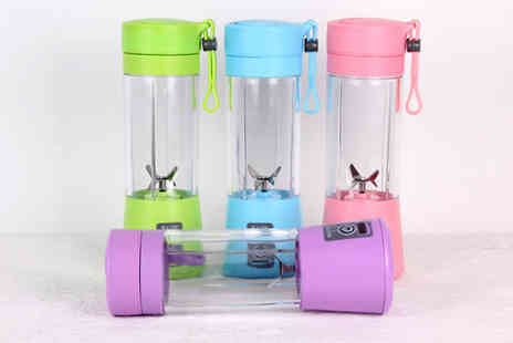 SecretStorz - Portable Smoothie Blender Bottle Choose from 4 Colours - Save 50%