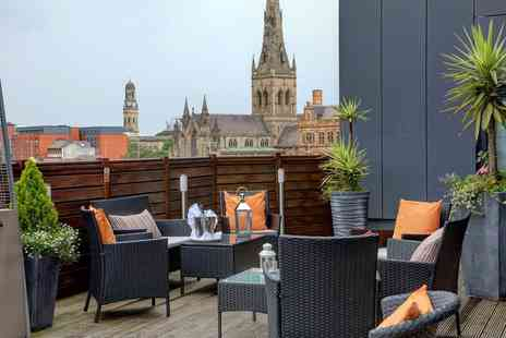 The Ainscow Hotel - Four Star one night stay for two people with breakfast, bottle of Prosecco and late check out - Save 47%
