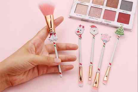 YelloGoods - Christmas themed makeup brush set with gift bag - Save 70%