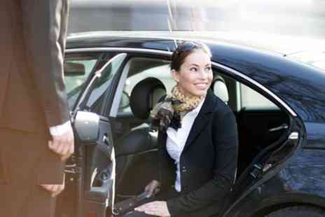 Your Airport Transfer - Private One Way Arrival Transfer From Manchester Airport to Manchester - Save 0%