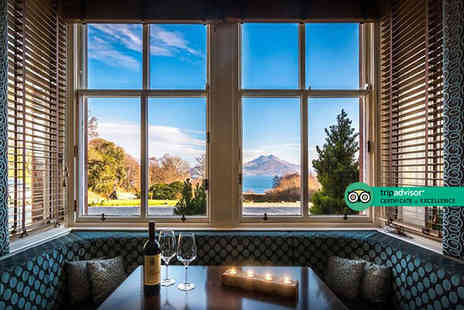 Sonas Hospitality - Four Star Isle of Skye stay for two people with glass of Prosecco each, breakfast, canapes and unlimited hot tub access - Save 38%