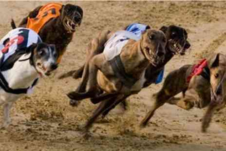 Central Park Sittingbourne - Greyhound Racing with Racecard, Meal and Drink for Two from 2nd January To 20th March - Save 0%