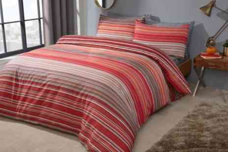 Groupon Goods Global GmbH - Pieridae Stripe Reversible Duvet Set - Save 0%