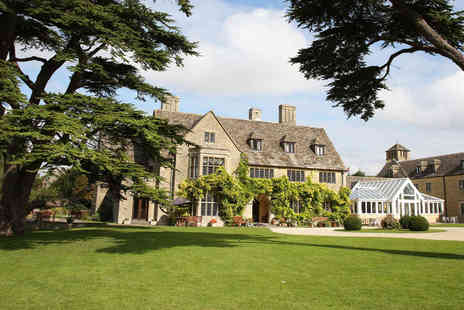 Stanton House Hotel - Overnight Cotswolds stay for two people with breakfast - Save 35%