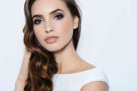 Browqueen Liverpool - Eyebrow Lamination, Wax and Tint - Save 51%