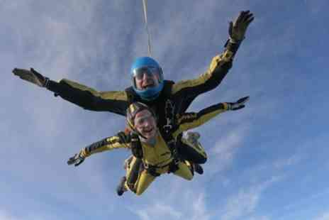 Skydive Buzz - 15,000ft Tandem Skydive with DVD - Save 29%