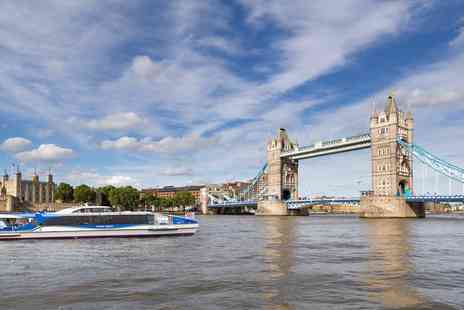 Thames Clipper - Hop-on, hop-off Thames river bus ticket - Save 33%