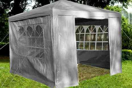 Eurotrade - 3m x 3m gazebo Choose from four colours - Save 68%