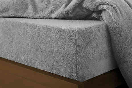 Groundlevel - Single teddy fleece fitted sheet - Save 67%