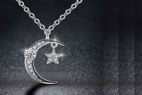 GENOVA INTERNATIONAL - Moon and star crystal necklace - Save 80%