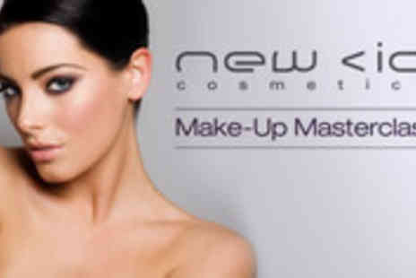 New CID Cosmetics - Make up masterclass plus a set of false eyelashes - Save 52%