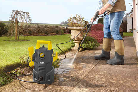 CJ Offers - 1600W pressure washer or pressure washer with accessories - Save 45%