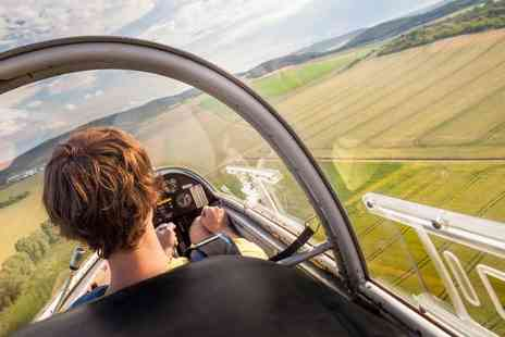 Bicester Gliding Centre - Motor glider flying lesson for one - Save 73%