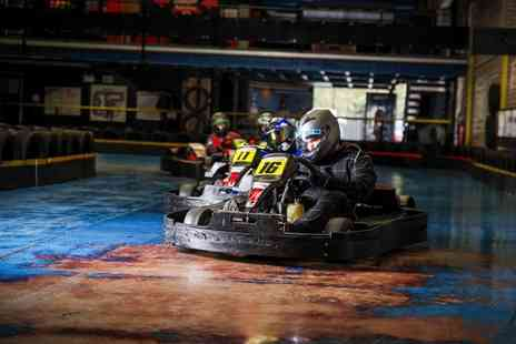 The Full Throttle Raceway - 25 lap go karting experience for one person - Save 57%