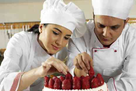 OfCourse - Online cake making business course - Save 85%