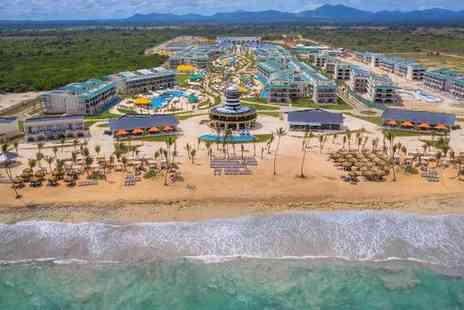 H10 Ocean El Faro El Beso - Five Star All Inclusive Adults Only Getaway in Blissful Beachfront Hotel - Save 0%