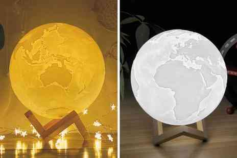 Magic Trend - Earth night light and stand - Save 75%