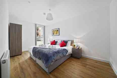 Onyx Homes and Management - Overnight stay for two or four people with a bottle of Prosecco on arrival, early check in and late check out - Save 47%
