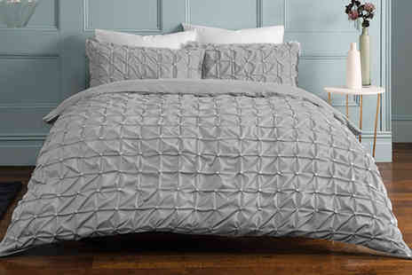 Five Minutes More - Luxury single rouched pleat duvet cover set - Save 0%