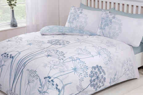 Five Minutes More - Country meadow duvet cover set - Save 0%