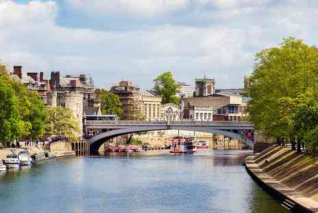 Georgian House & Mews - York getaway with cream tea and bottle of bubbly - Save 51%