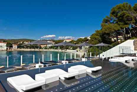 Hotel Ile Rousse Thalazur Bandol - Five Star Chic Stay in Idyllic Beachside Location for two - Save 67%