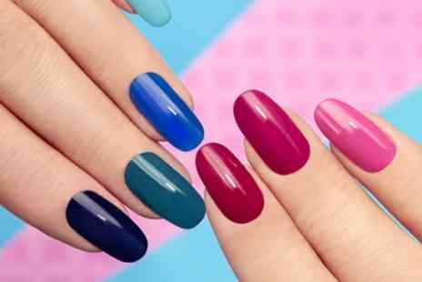 Es Paradis - Gel Polish on Finger or Toenails or Both - Save 55%