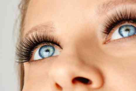 Uroojs Hair and Beauty - Eyelash Lift and Tint - Save 55%