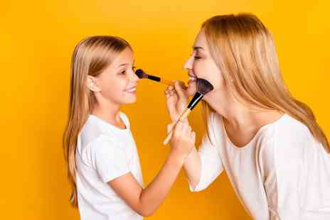 Makeup London Academy - Mother and daughter make up masterclass - Save 85%