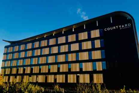 Courtyard by Four Star Marriott Oxford South - Wedding Package for 50 Guests - Save 30%